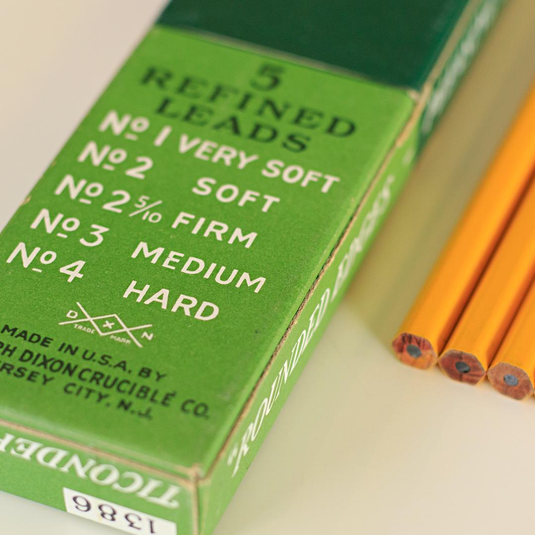 Dixon Ticonderoga Vintage Pencils 1386 with Box